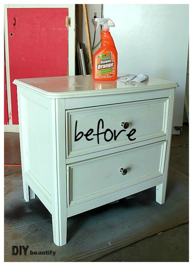 Here's a fabulous tutorial for giving your furniture a driftwood finish using just paint. Find the tutorial at DIY beautify.