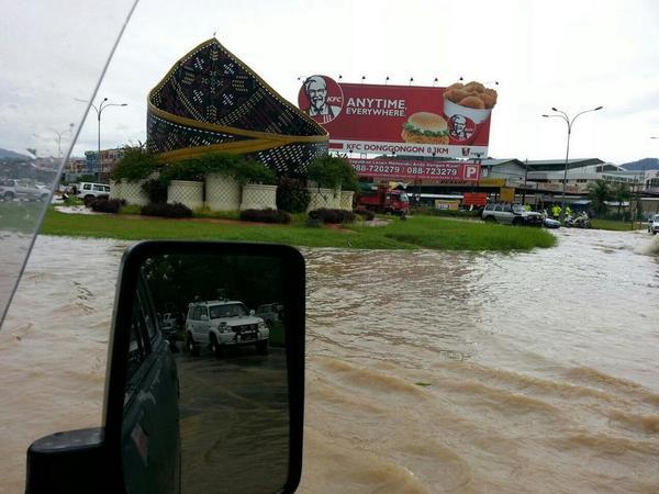 Gambar Banjir Teruk Di Penampang Sabah