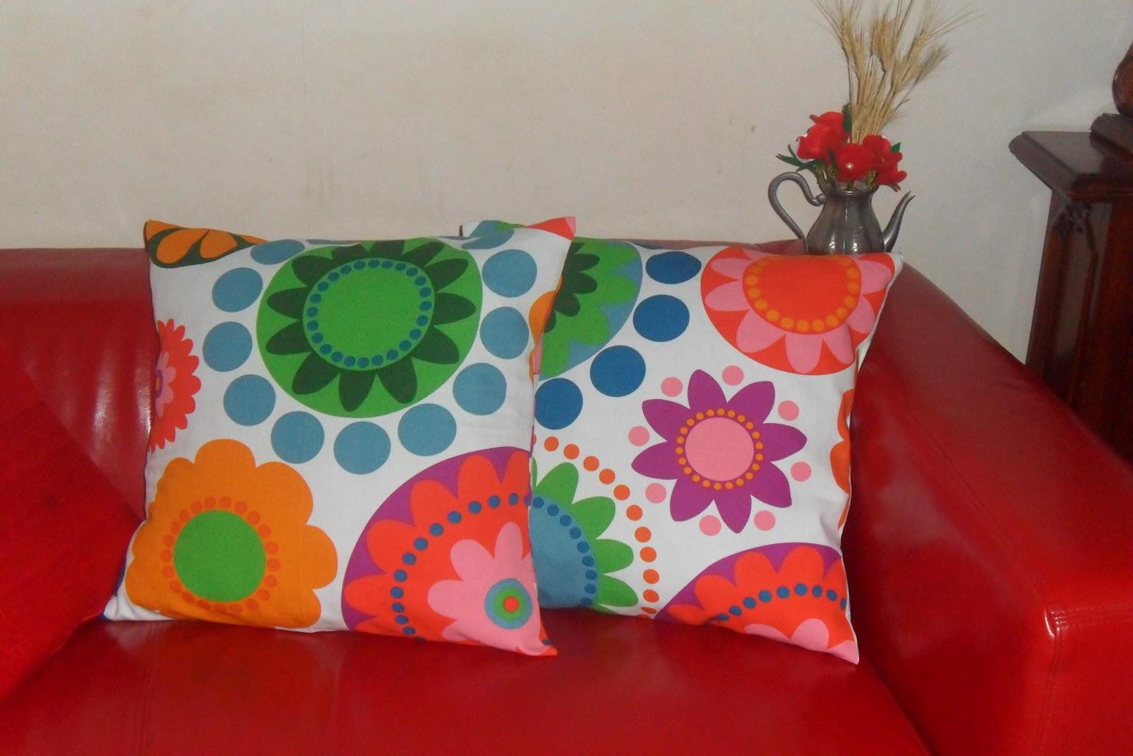 Cuoriefiori cuscini colorati for Cuscini per cani ikea