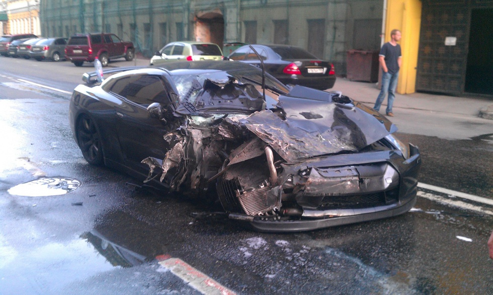 Gt R Crash In Moscow 2009gtr Com