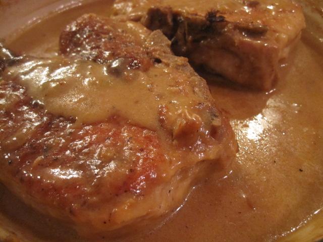 stirring the pot throwdown smothered pork chops