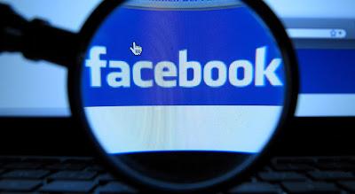Es la primera vez que la empresa admite que los jóvenes pierden interés en Facebook. Era el gran secreto a voces de Facebook. Hace meses que los analistas comenzaron a especular sobre la caída de preferencias de la red social entre los más jóvenes. Ahora, el director financiero de la empresa,David Ebersman, confirma los rumores al afirmar que el uso cotidiano de Facebook ha descendido, especialmente entre los adolescentes teens (12 – 19 años). Mark Zuckerberg había sido cuestionado antes sobre el tema, a lo que respondió que los datos que él tenía no reflejaban esta supuesta pérdida de interés.