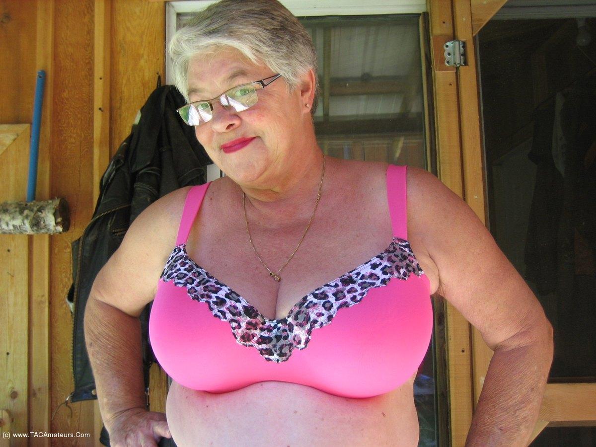 Sexy girl nakes video
