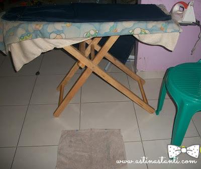 meja setrika dan keset alas menyetrika