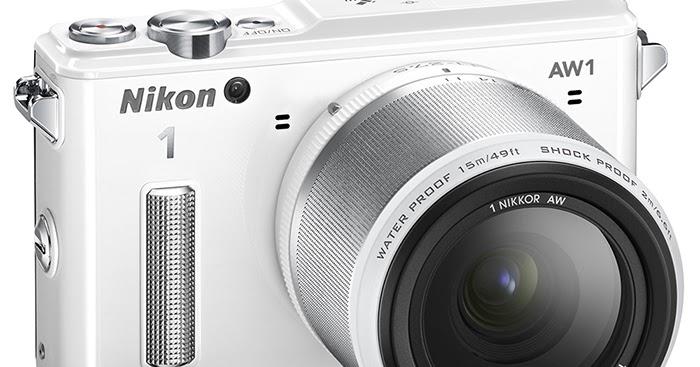 Fotocamera Nikon 1 AW1 dal vivo, la mirrorless subacquea, antiurto e antigelo!