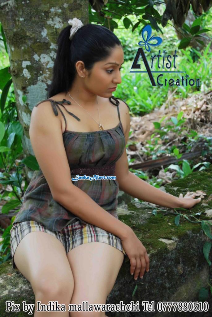 actress udayanthi kulathunga latest photos - Photo Gallery