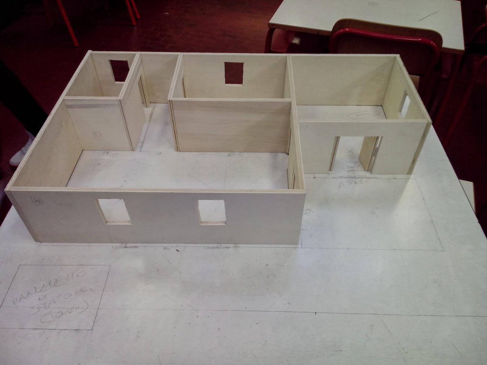 Modellino casa in legno la cura dello yacht - Costruire un portagioie ...