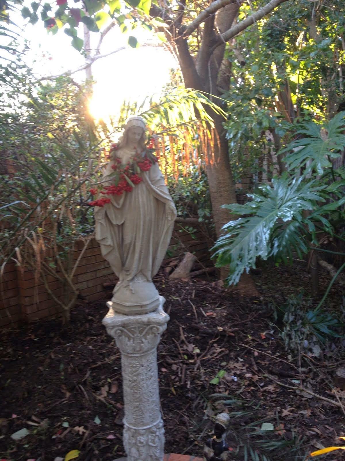 Garden shrines