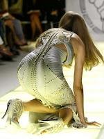 Falling Model: Lindsey Wixson
