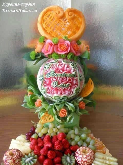 украшение свадебного стола фруктами свеча