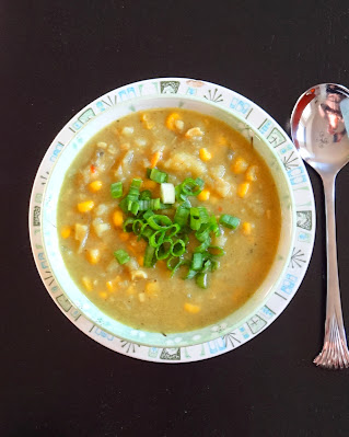 Rice and Coconut: Clam corn chowder curry