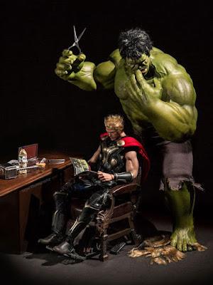 Apa jadinya jika Hulk jadi tukang pangkas rambut?. (boredpanda.com)