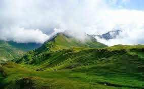 green-mountain-with-cloud-beautiful-nature-images-wallpapers