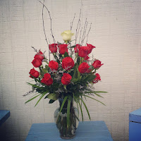 http://atlantaflowerbar.bloomnation.com/atlanta-flower-bar/two-dozen-plus-one.html