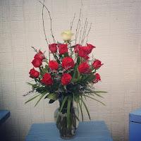 http://atlantaflowerbar.bloomnation.com/atlanta-flower-bar/two-dozen-plus-one.html