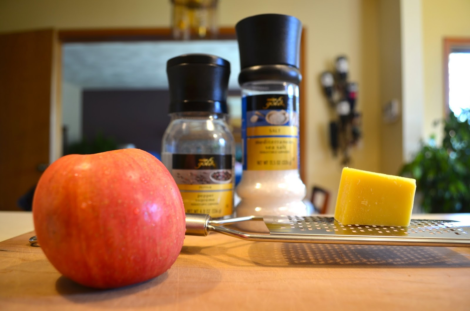 Ingredients for Baked Apples with Gruyere