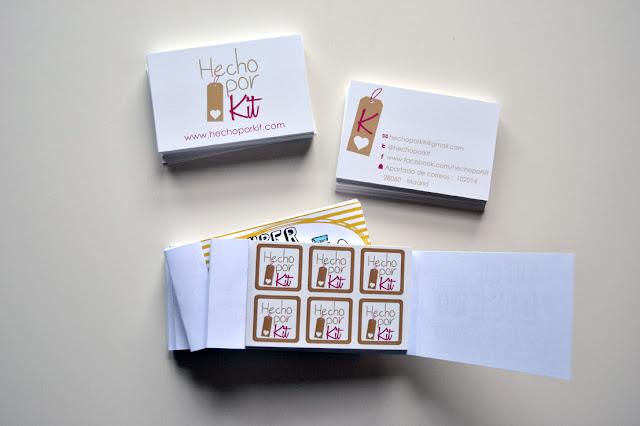 tarjetas y pegatinas hecho por kit