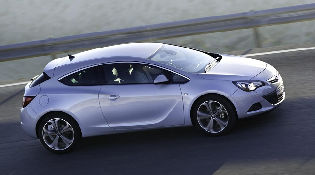 2013 Opel Astra GTC with 1.6 SIDI Turbo engine