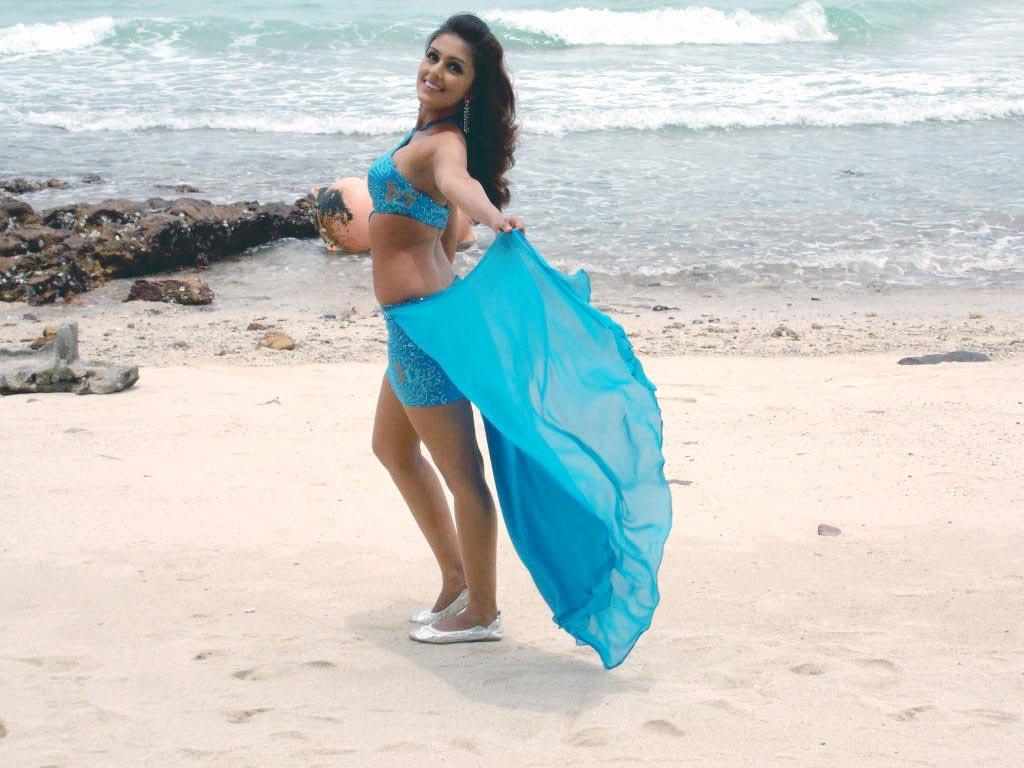 http://2.bp.blogspot.com/-pFfv4q5jans/TWPreKfc_ZI/AAAAAAAAGeM/sGwOIv1kUnU/s1600/Aarti+Chhabria+Telugu+Actress++Pos+%285%29.jpg