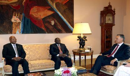 Líderes depostos discutem com Cavaco Silva regresso à legalidade constitucional