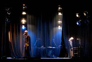 24 febbraio 2012 Mariangela Gualtieri Teatro Valdoca Per voce e ombra