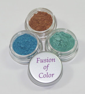 LuminousLacquer.com Turns One Giveaway!