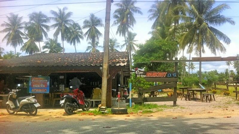 Western Style Bar in Ban Krut