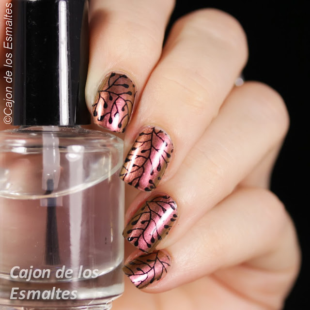 China Glaze - Cabin Fever estampado con placa BP L015 de Bornpretty