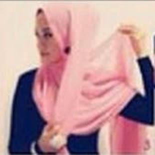 Kreasi Jilbab Segi Empat Baru dan Keren