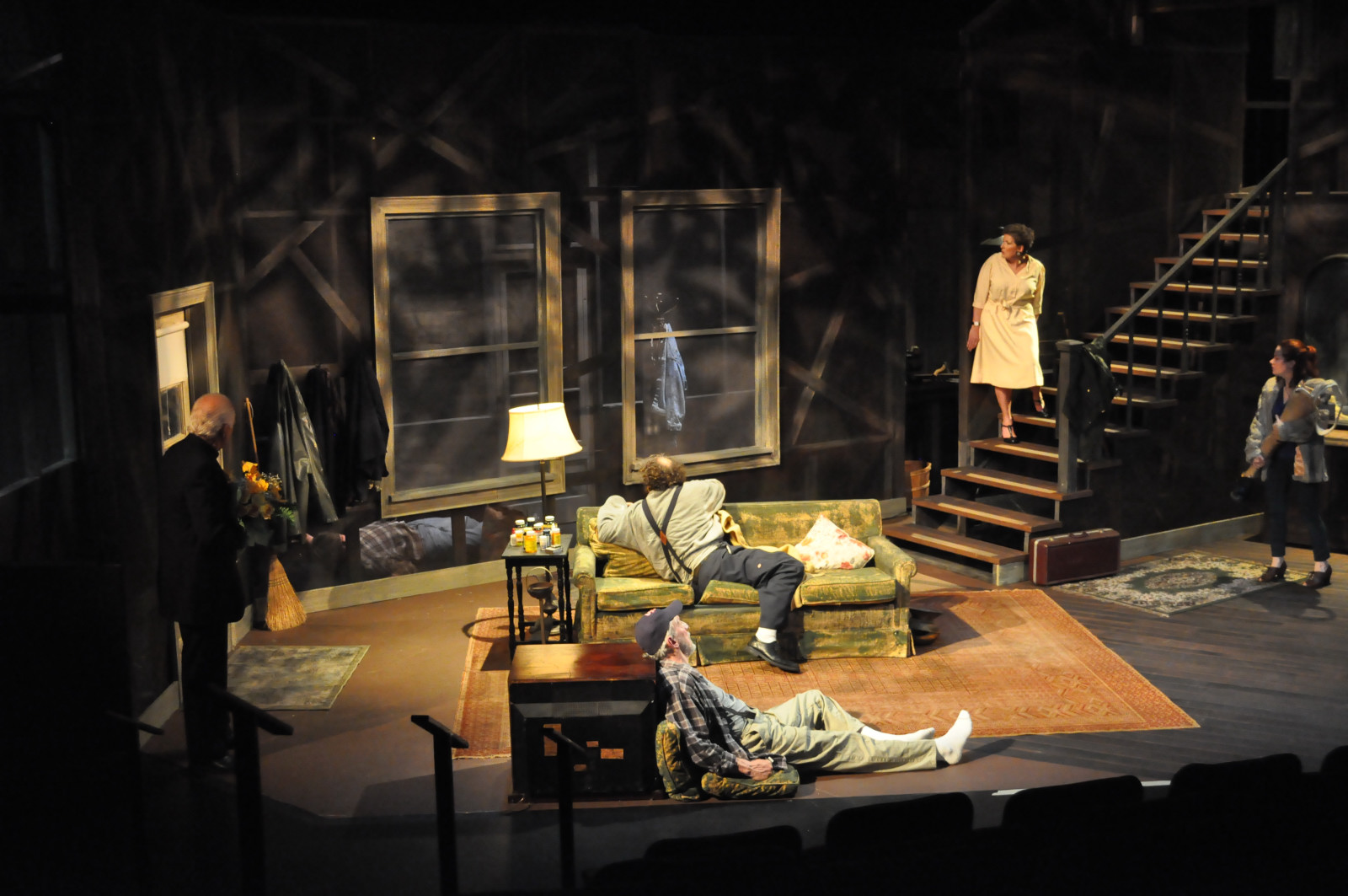 an analysis of the play buried child Character analysis (3 to 4 pages) choose one character from buried child identify the distinctive traits of one character, do this by making the following discoveries: each of these 5 areas must be in the paper, formatted with a heading for each 1.