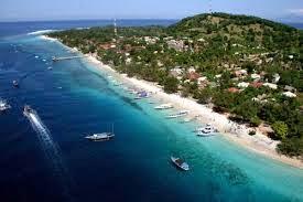 http://www.lomboksociety.web.id/2015/04/tempat-wisata-di-lombok.html