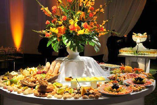 Mundo eventos ccs c a mesa de quesos - Mesa de quesos para bodas ...