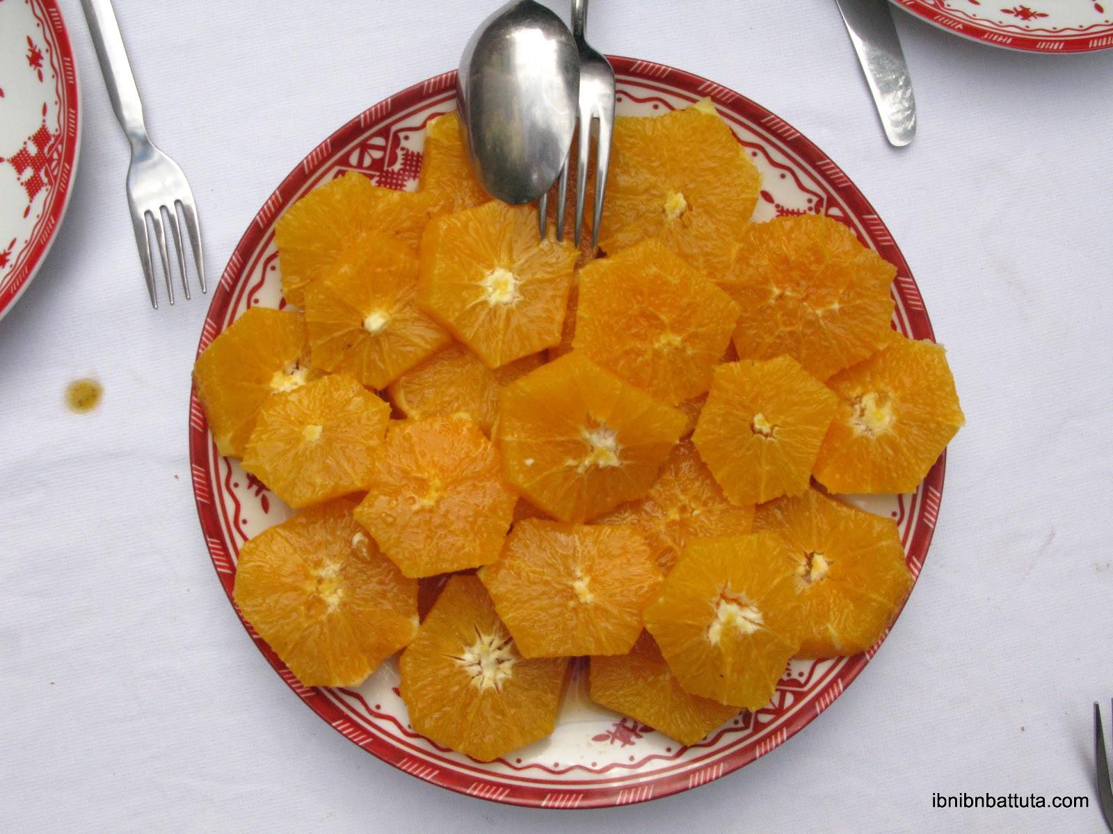 Basic Moroccan dessert: oranges and cinnamon