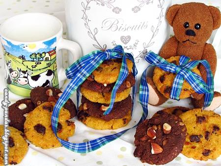 Sojowe ciasteczka z czekoladą lub migdałami (bez glutenu, cukru, wegańskie)