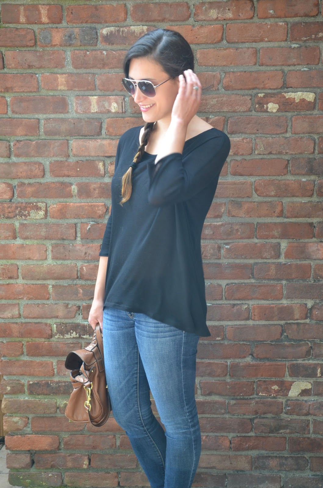 mini golf | oversized black top + jeans