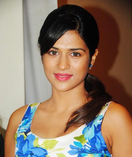 Shraddha Das Latest Hot Stills in Short Dress