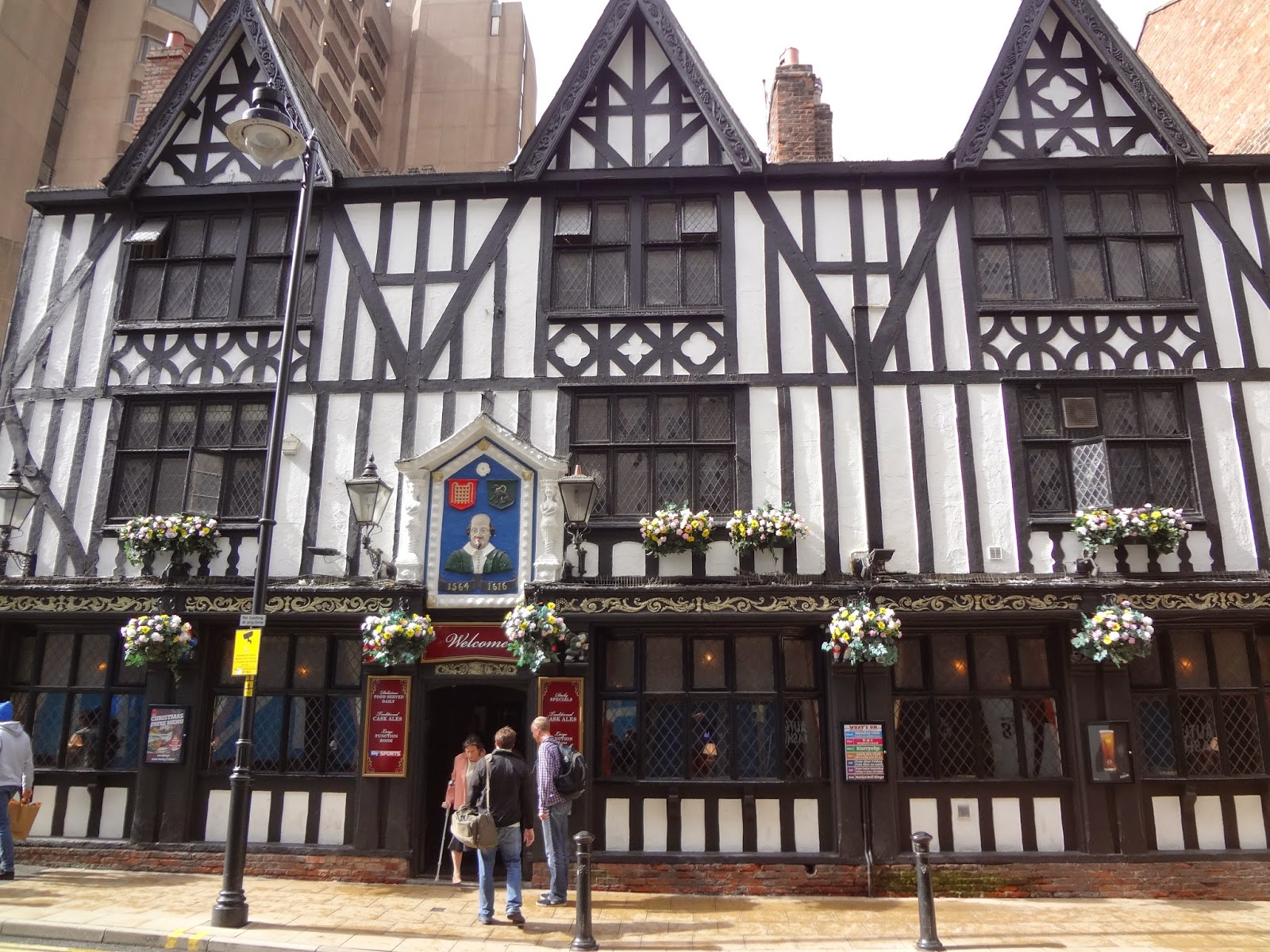 Old English Pub Manchester