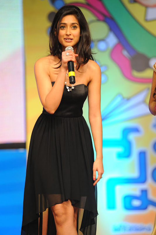 Ileana looking Hot Pictures At The Audio Launch Of Snehithudu Along With Others sexy stills