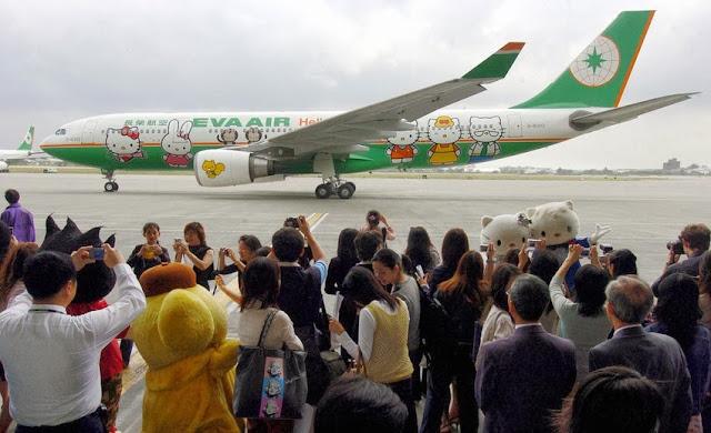 Avião da Hello Kitty - Aviões temáticos para fãs
