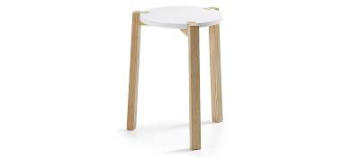 http://www.portobellostreet.es/mueble/38336/Taburete-madera-natural-Lacado-blanco-ELROY-