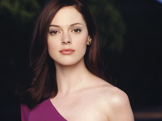 Rose-McGowan-Charmed-prometida