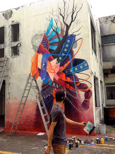 Street Art Mural By Mexican painter Curiot For The proyecto Frágil On The Streets Of Mexico. 9