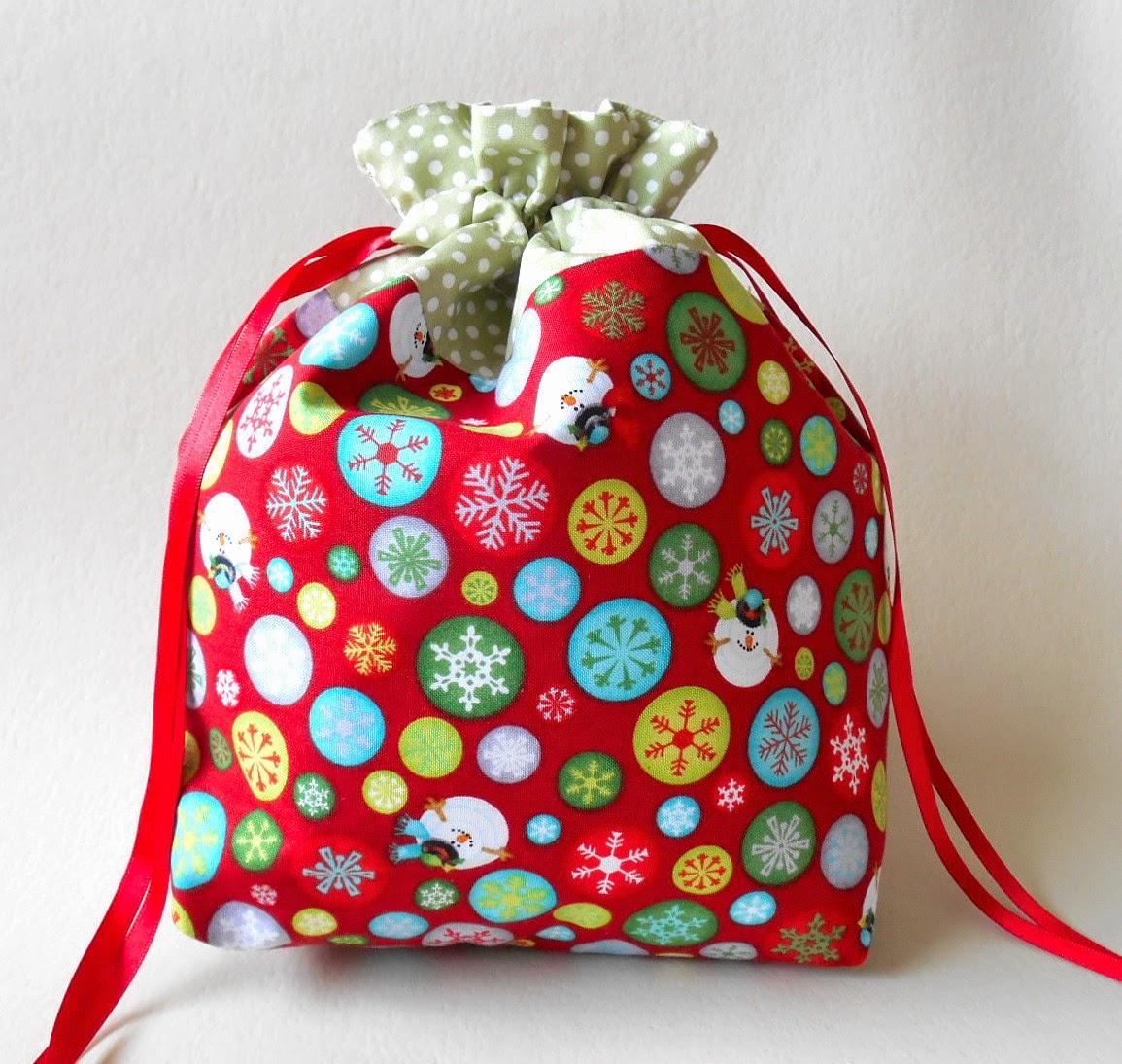 reusable fabric gift bag for the holidays