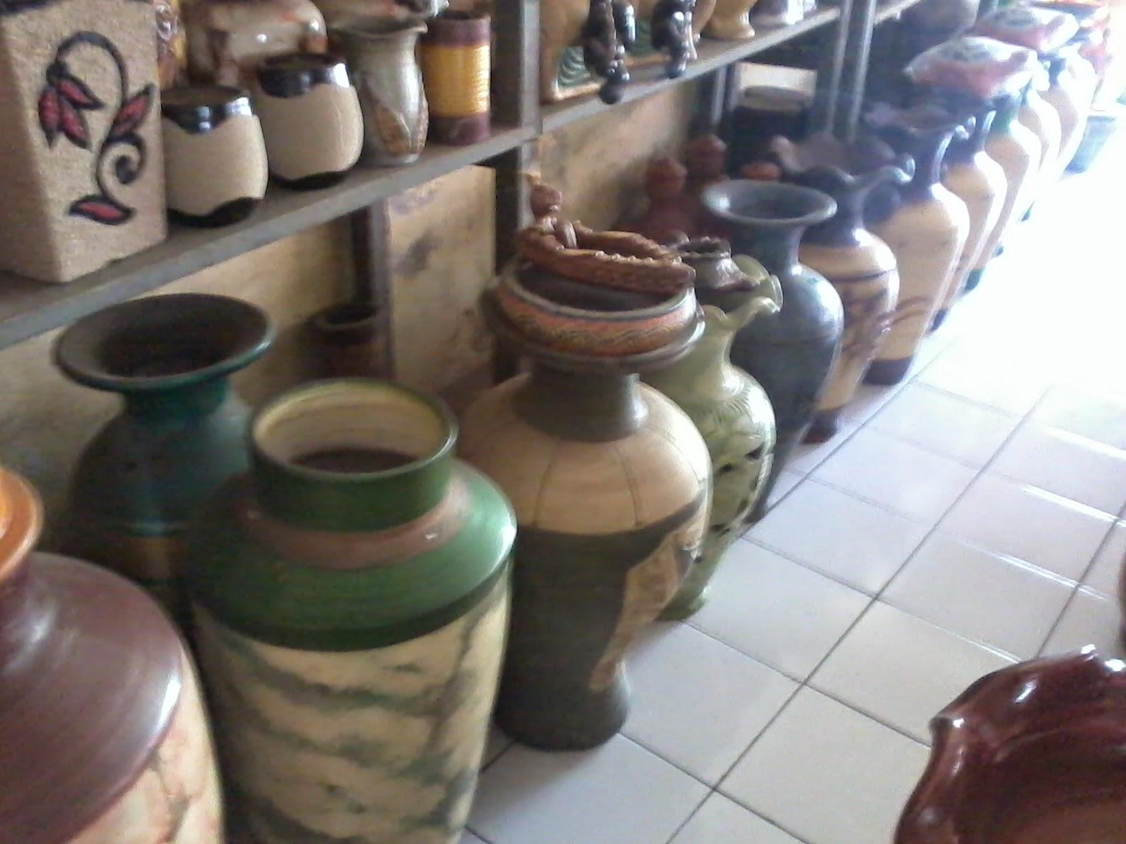 Jual Macam-macam Gerabah/Keramik : Pot Bunga, Pot Clay