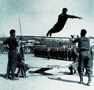 1944  Addestramento