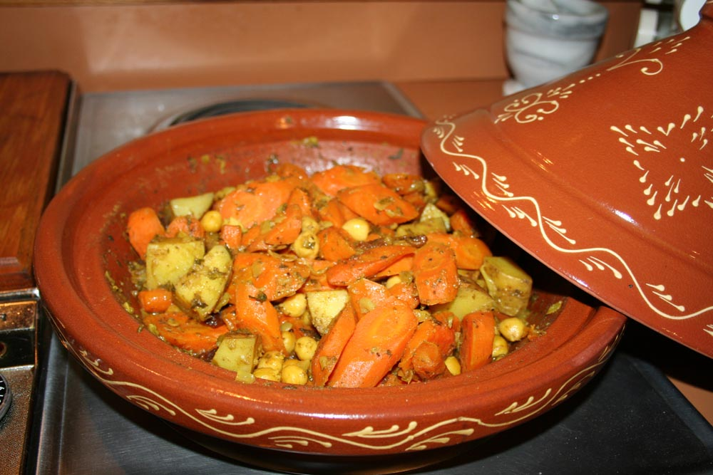 Fat vs. Phat: Moroccan Vegetarian Carrot and Chickpea Tagine
