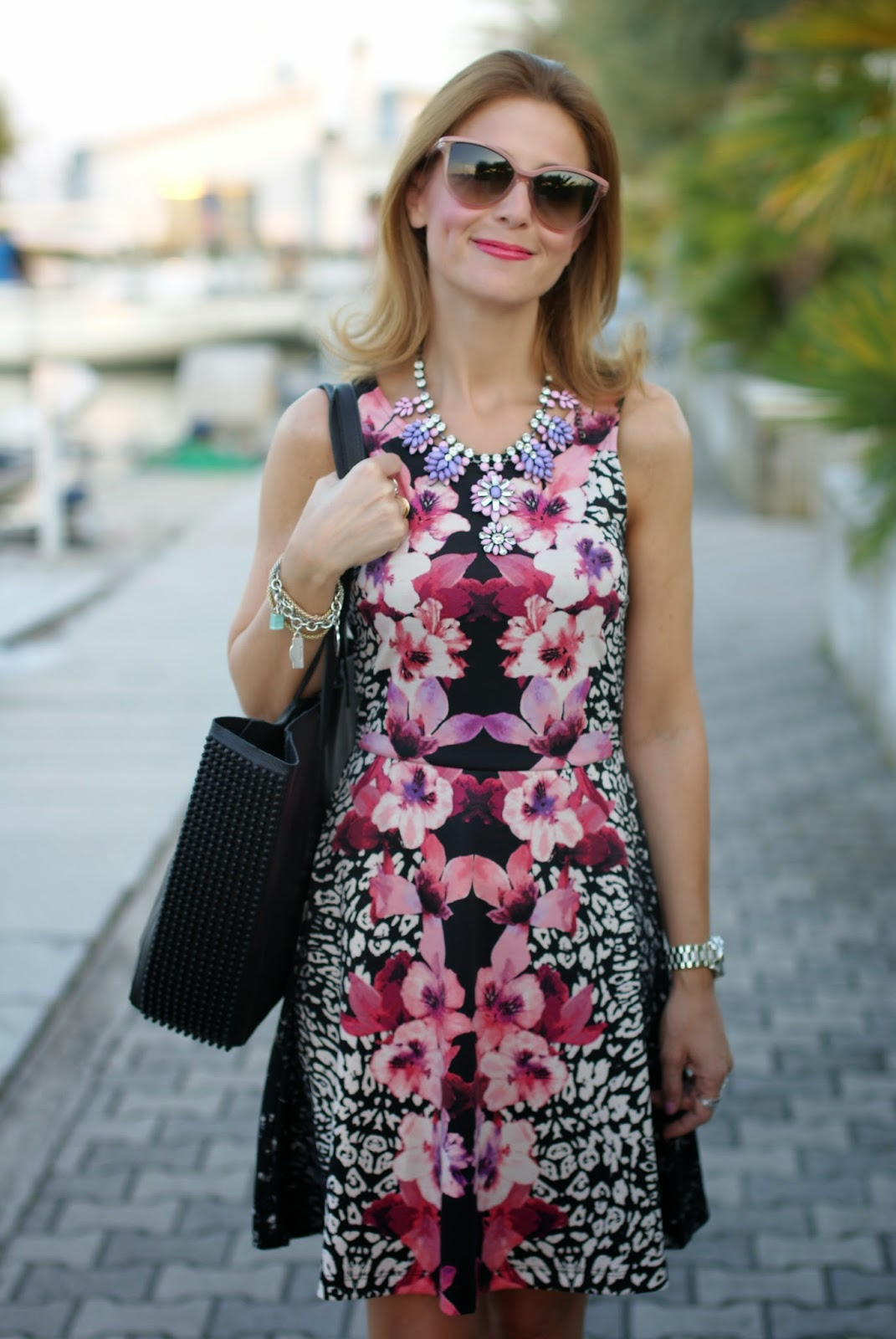 barmat bag, stella mccartney sunglasses, h&m tropical dress, low cost outfit, Fashion and Cookies, fashion blogger