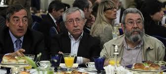 Juan Rosell. Ignacio Fernández Toxo y Cándido Méndez