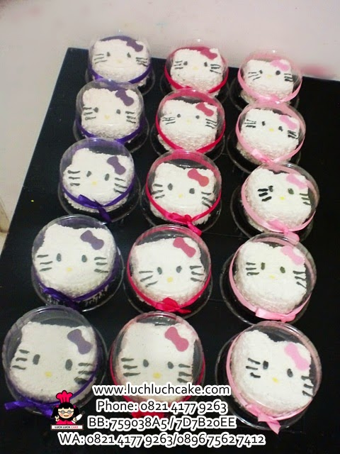 Souvenir Ulang Tahun Cake Mini Hello Kitty