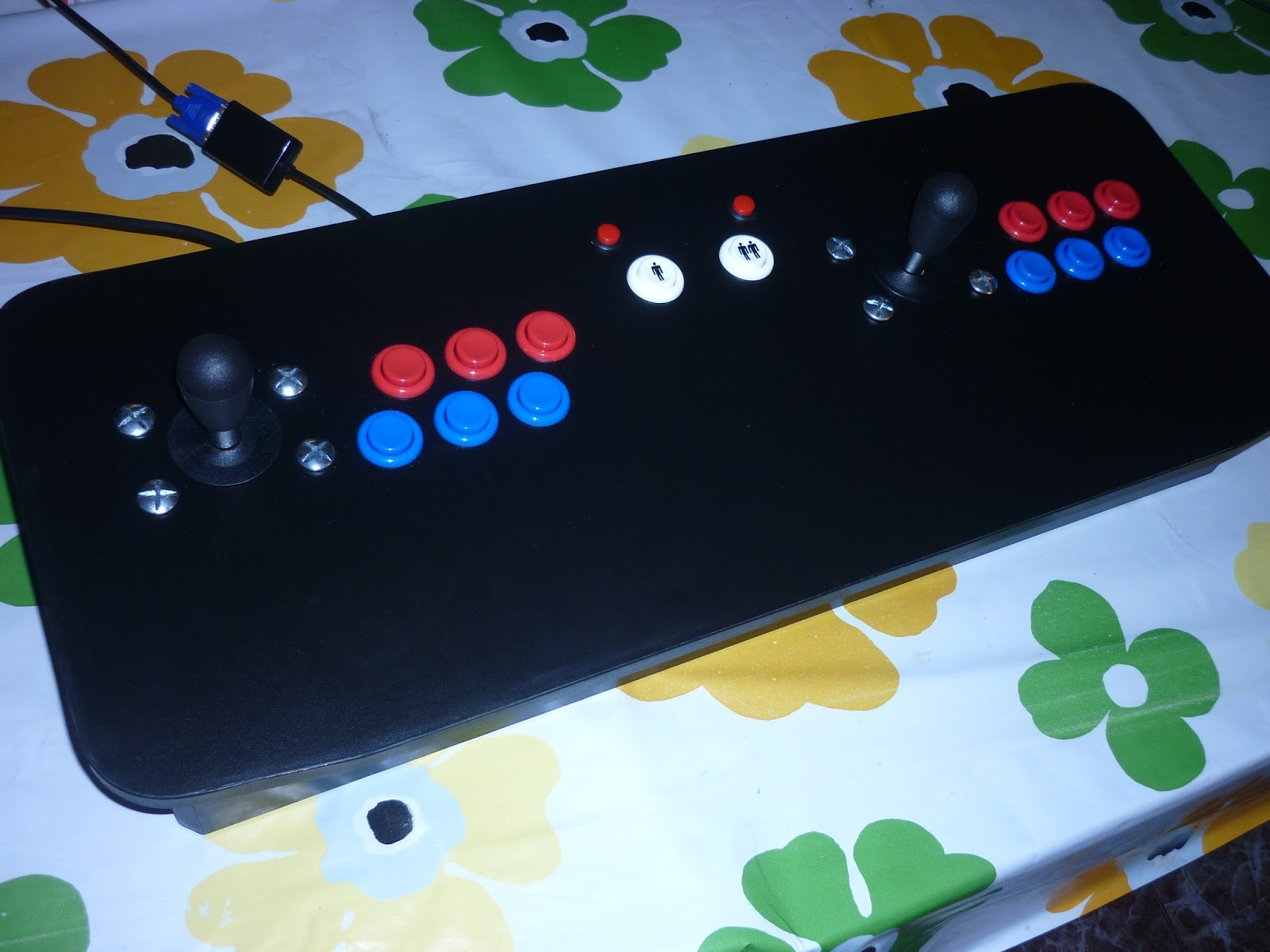 Inform tica industrial creando una recreativa con for Conectar botones arcade a raspberry pi 3